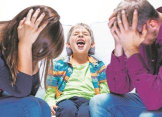 Figli sempre più arrabbiati, genitori sfiniti