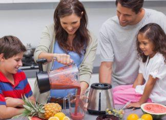 Evita i succhi di frutta pronti, prepara dei centrifugati salutari per il tuo bambino