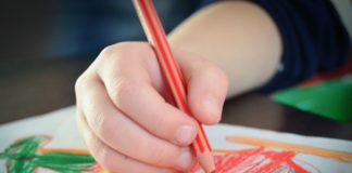 Come capire se il proprio figlio subisce maltrattamenti a scuola?