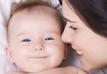 """""""Sei come tua madre"""": perché i figli assomigliano alle mamme"""