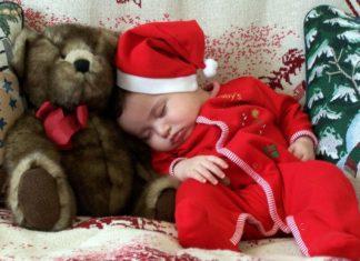 Ecco come rendere magico il giorno di Natale del tuo bambino
