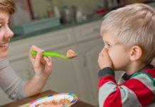 bambini che sifiutano di masticare
