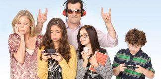 Genitori che vogliono fare gli adolescenti