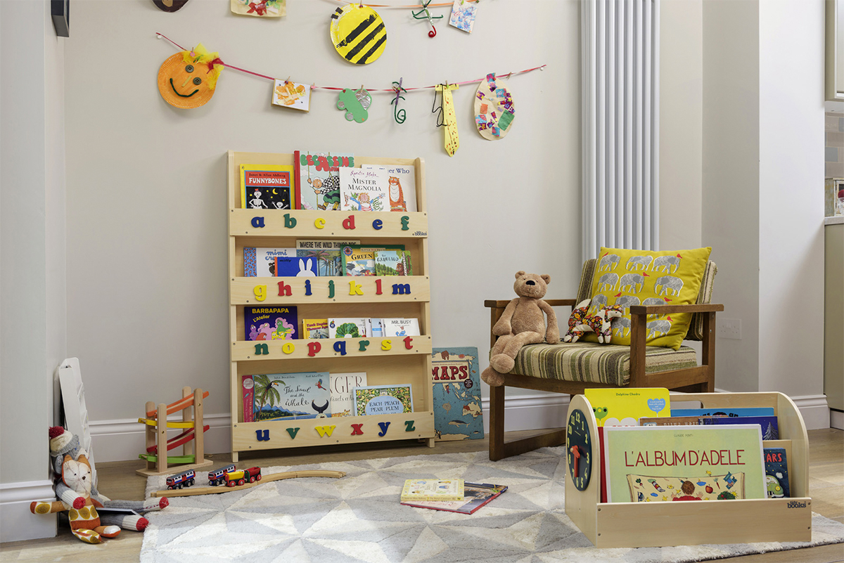 Angolo Lettura Per Bambini : Crea un angolo di lettura montessori per il tuo bambino mondo mamma