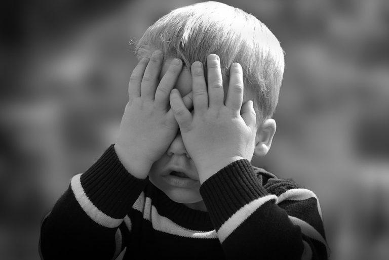Aiuto mio figlio non vuole andare a scuola!