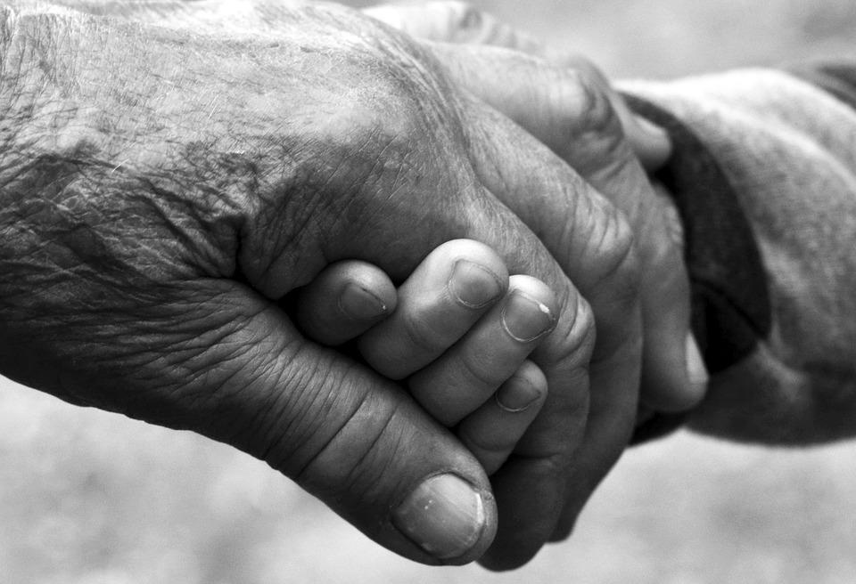 Festa dei nonni: Auguri a tutti i nonni del mondo!