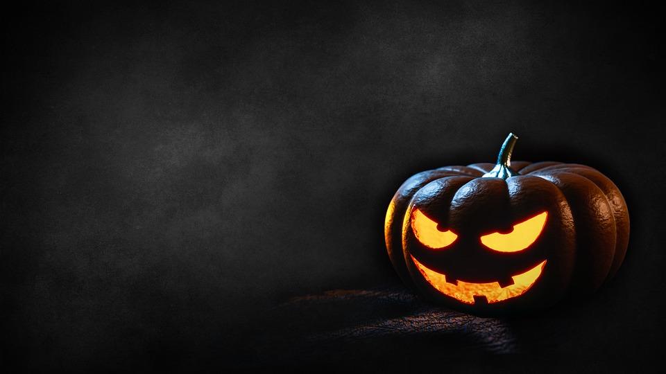 Come intagliare le zucche di Halloween con i bambini